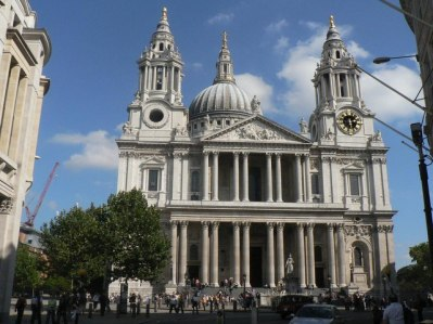City_of_London,_St._Paul's_Cathedral,_west_front_-_geograph.org.uk_-_614047