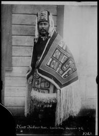 nass_chief_with_chilkat_blanket_vpl_2675