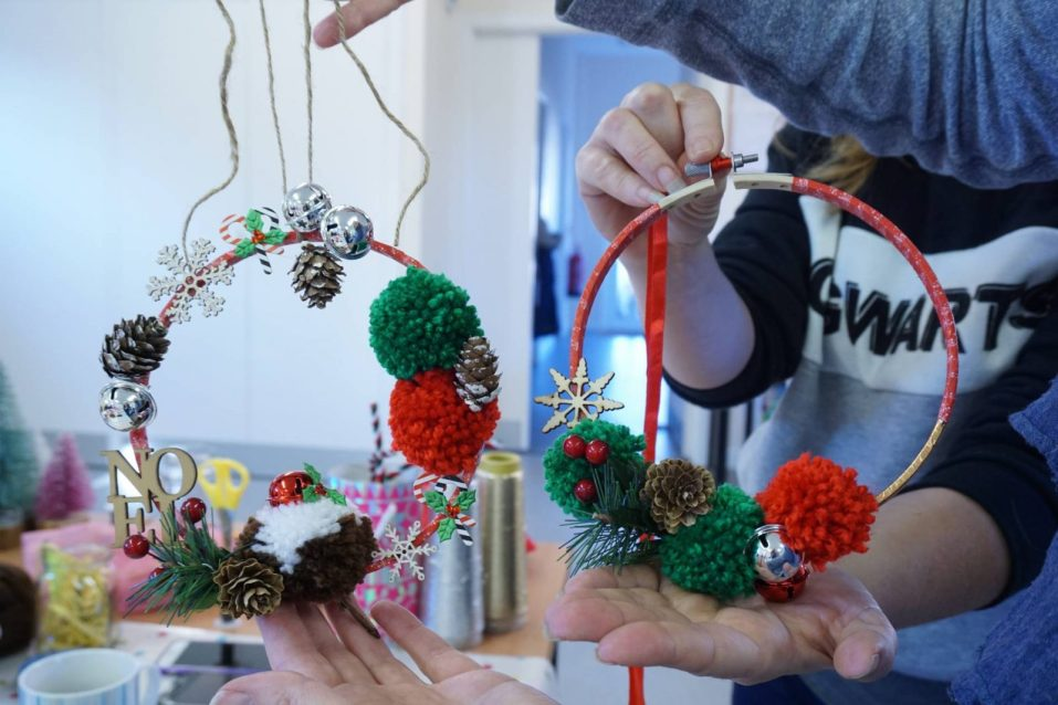 Christmas Wreaths with Made by me craft parties