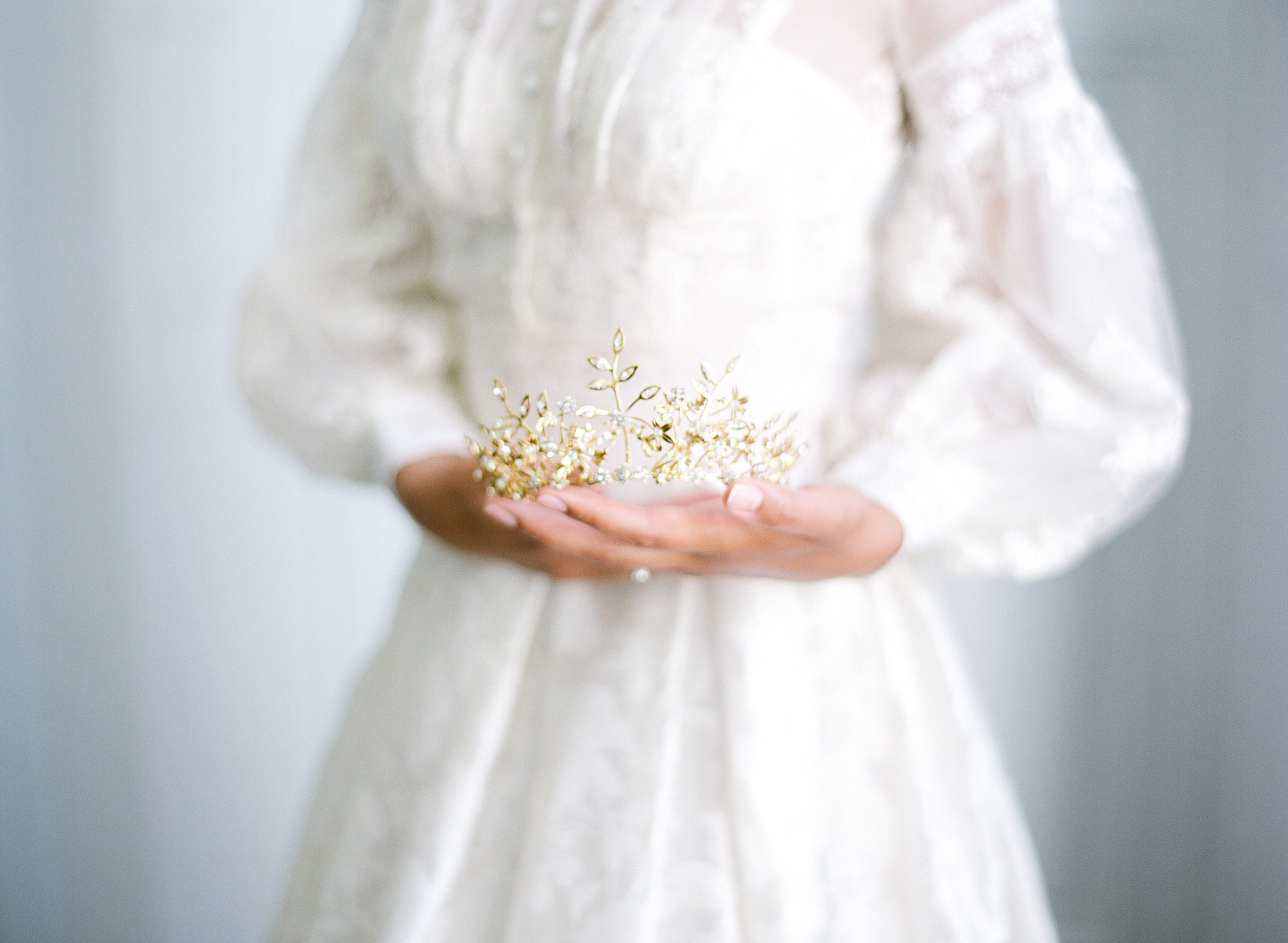 French-lace-high-neck-long-sleeve-wedding-dress