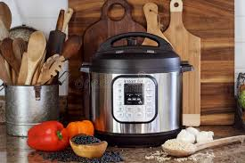instant pot with food