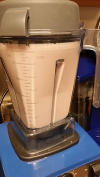 breakfast smoothie in the vitamix
