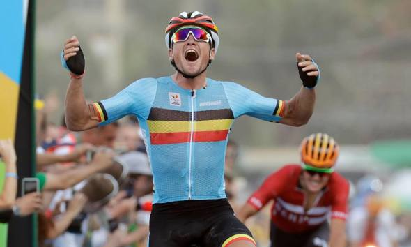 Greg Van Avermaet ganando el oro olímpico