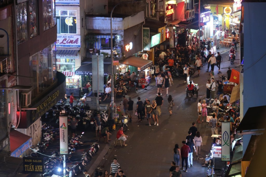 ho chi minh city night life