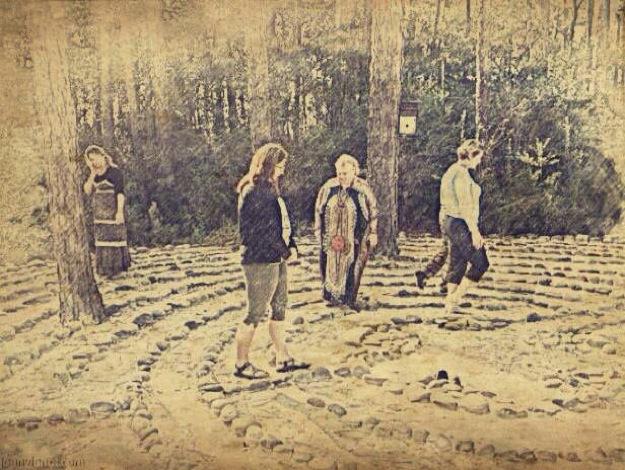2013-1220 Labyrinth