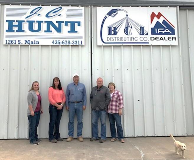 Left to right: Shaylee Adair, Tiffany Giddings, Eric Grover, Carl Hunt, DeeAnn Hunt