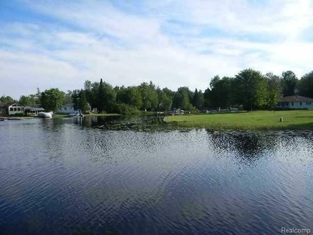Limberlost houghton lake
