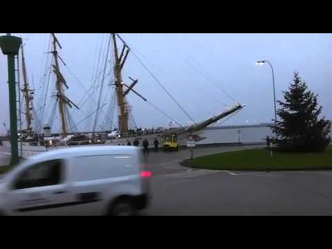 German Navy tall ship Gorch Fock shows how not to enter port in Wilhelmshaven, Germany
