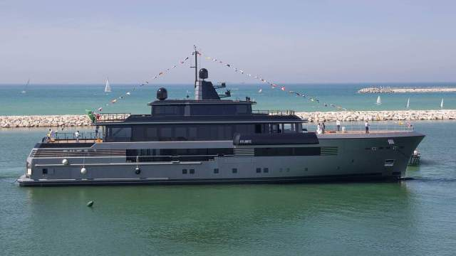 CRN's new military-inspired superyacht Atlante