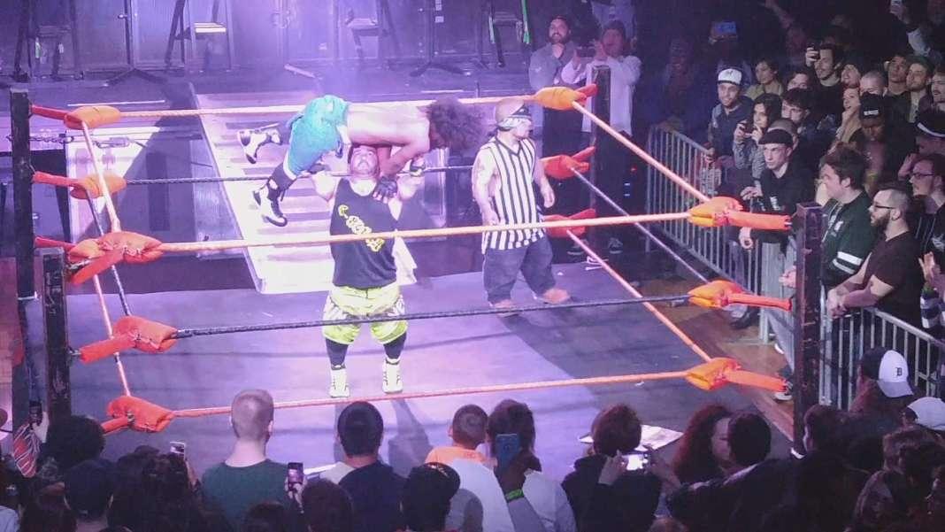 Extreme Midget Wrestling 412-16 St Andrews Hall snap 3