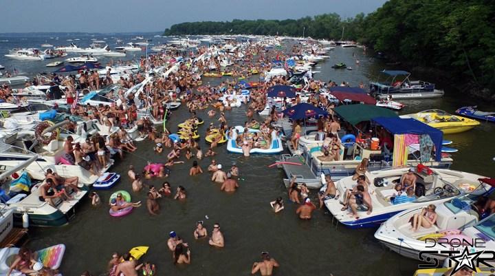 130Th Annual Lake Minnetonka July 4Th Boat Party Excelsior, Minnesota - Jobbiecrewcom-8170