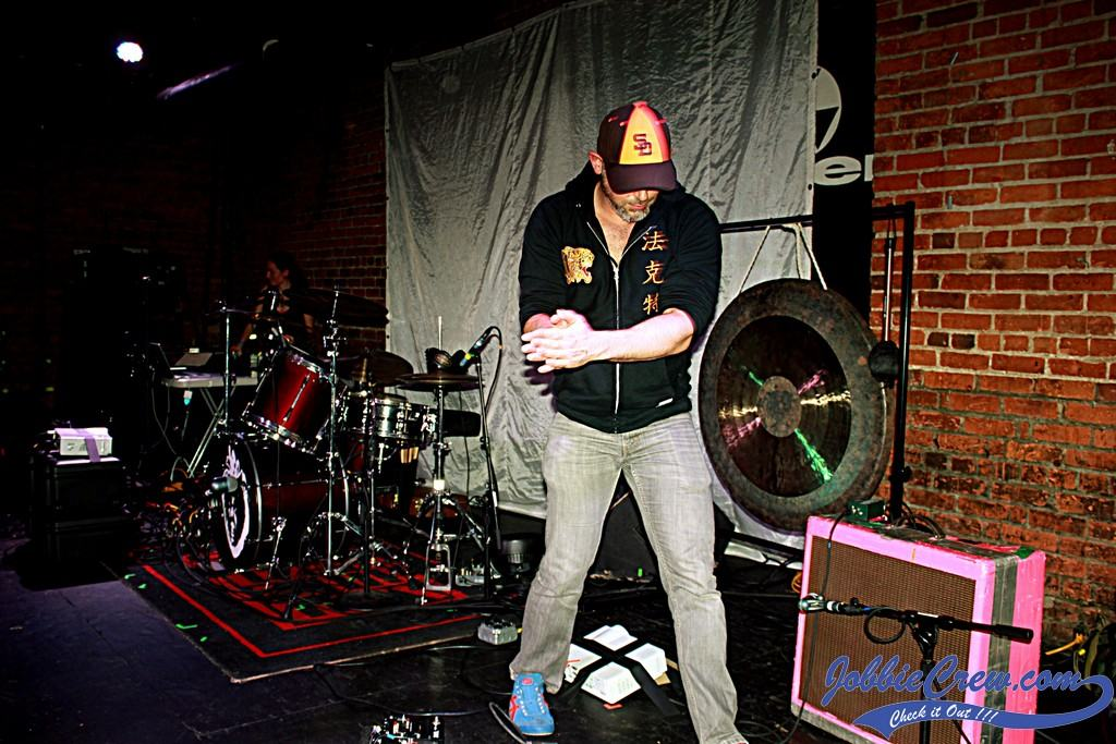 JobbieCrew Review: Black Moth Super Rainbow's TOBACCO live at The Shelter  in Detroit! - JobbieCrew.com