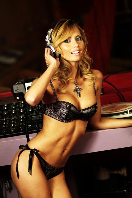 Tami Donaldson Nude Photos 31