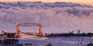 """""""Sea smoke,"""" or fog created when very cold air moves over warmer water, forms on Lake Superior outside Duluth, Minn. on Jan. 19, 2016. ((Courtesy 