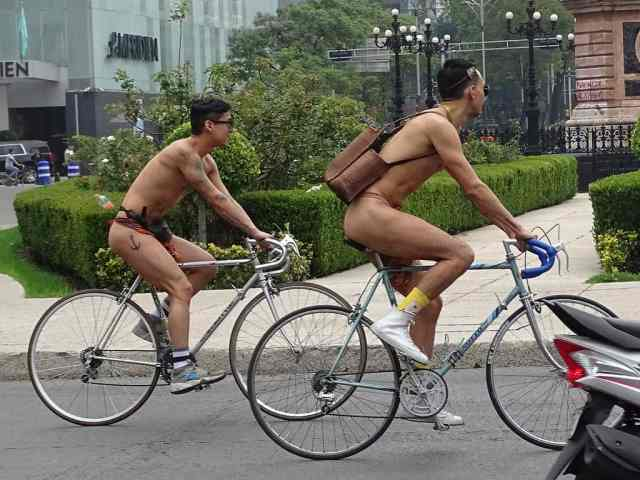 World Naked Bike Ride Mexico 2017