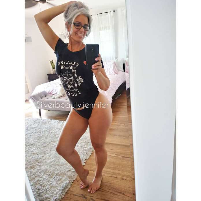 JobbieCrews Hot Honey of the Week: Silver Beauty Jennifer
