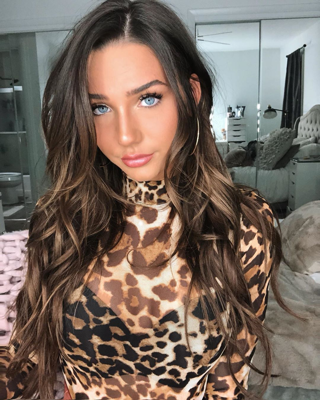 JobbieCrews Hot Honey of the Week: West Virginia model