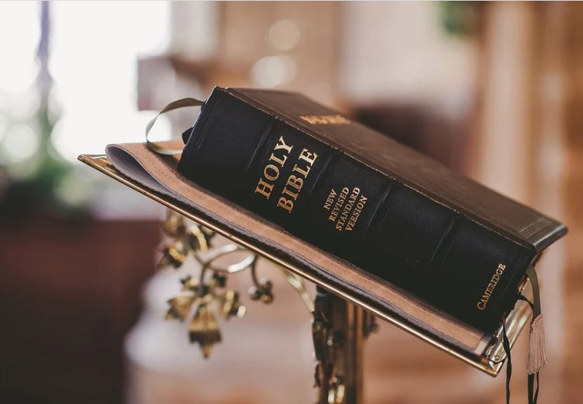 Best 20 Free Online Bible Courses with Certificate of Completion