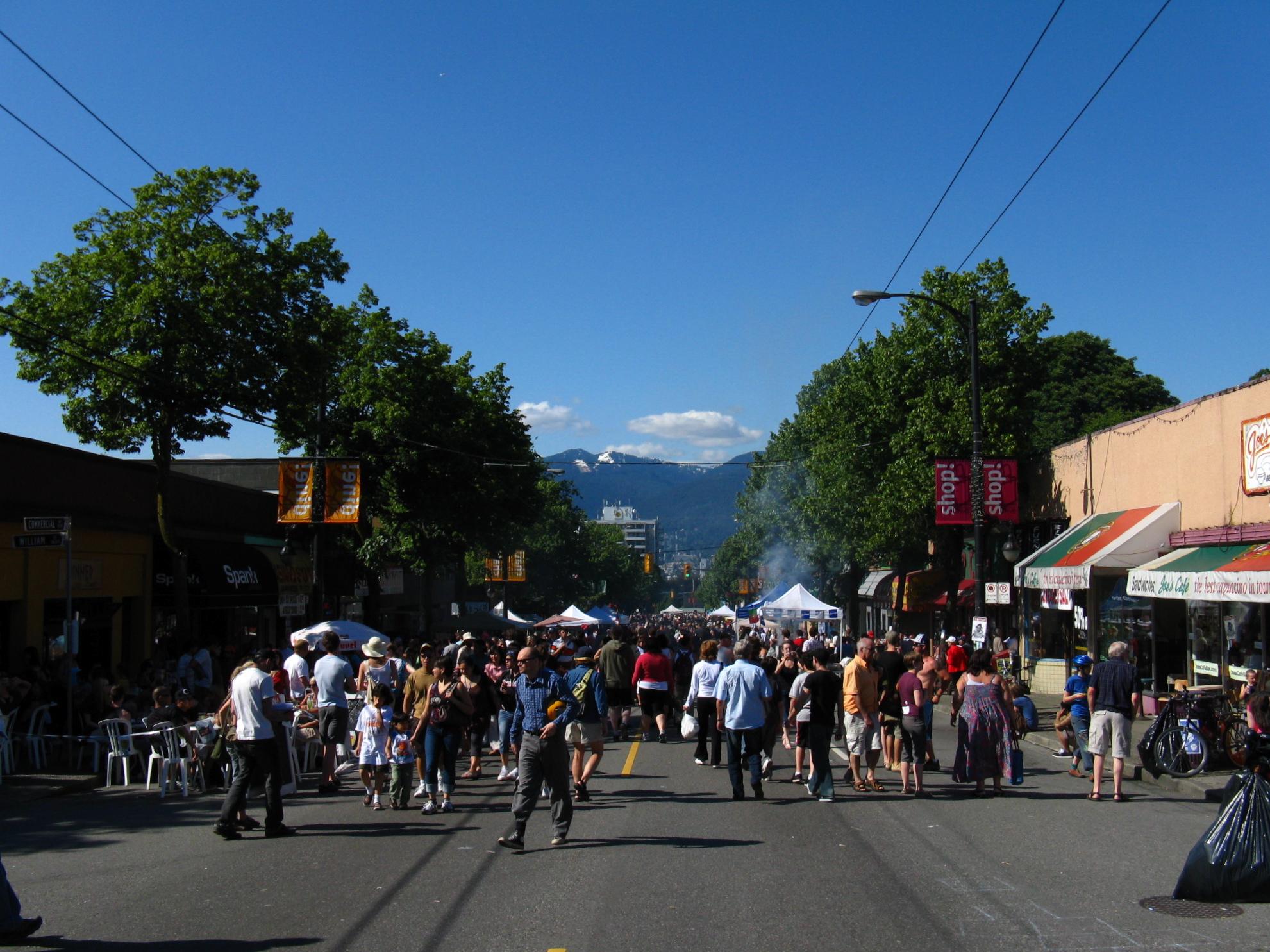 Car-free street (c) Dave O Flickr.com