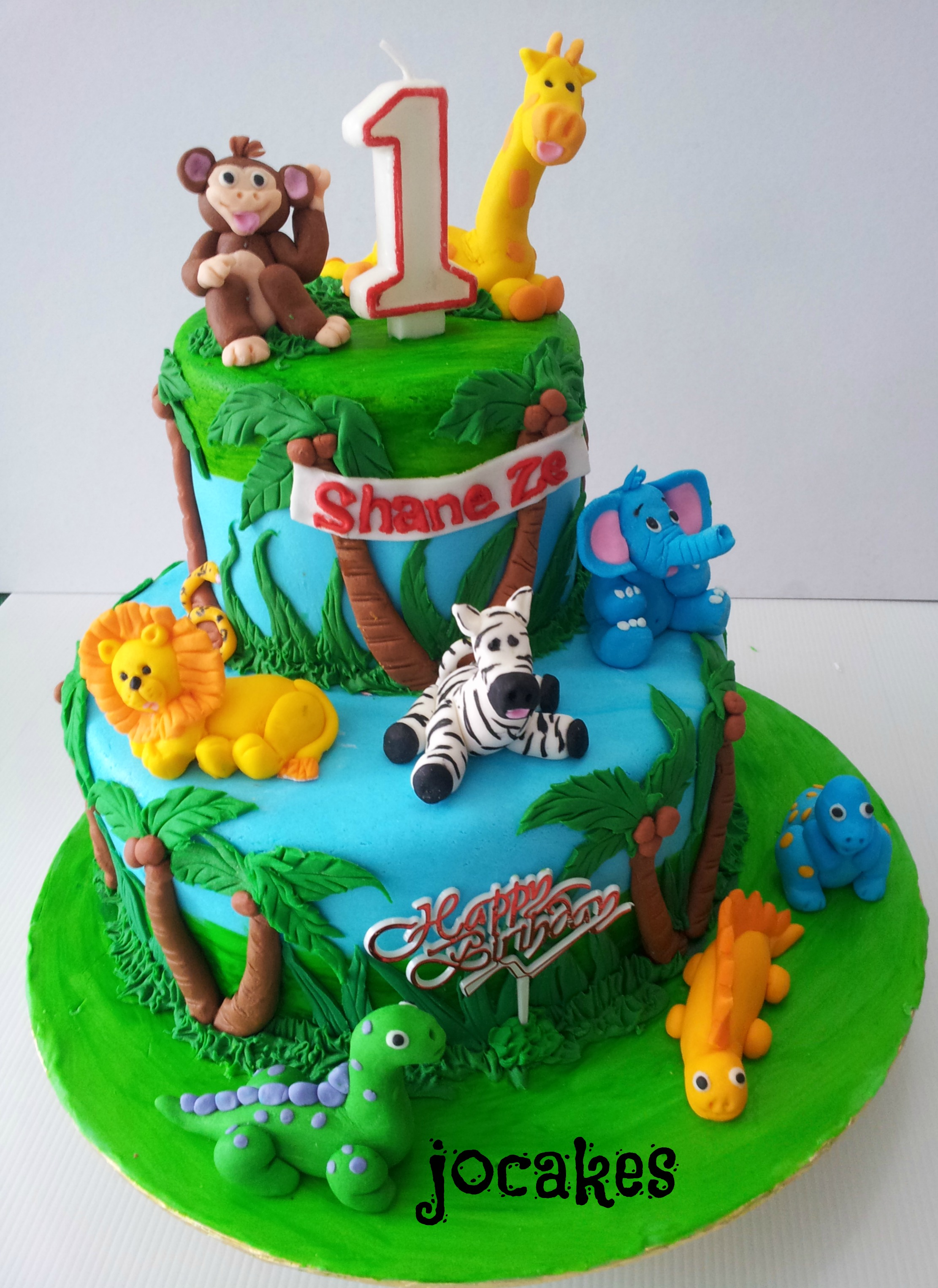 Pin Tiered Jungle Cake With Fondant Animals And Swiss