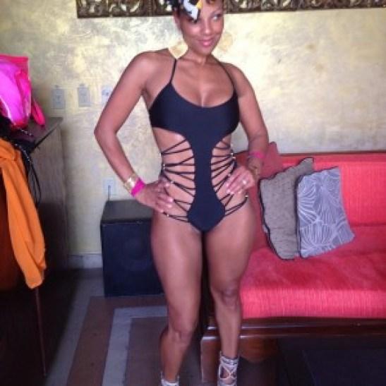 Jenine-Howard-swimsuit