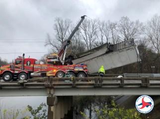 Accident - US70, Kinston 12-10-18-2DOT