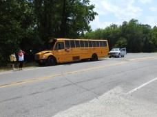 Accident - Bus US701, Stewart Road, 05-30-19-10ML