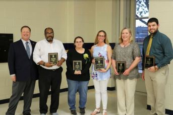 Johnston County Public Schools recognized its Volunteers of the Year at the annual PTA/PTO Council Meeting Banquet on April 16. Photographed (from left) are Johnston County Public Schools Superintendent Dr. Ross Renfrow, third runner-up Billy Lassiter from Smithfield-Selma High, first runner-up Cindy Cole from River Dell Elementary, 2019 JCPS Adult Volunteer of the Year Sarah Poling from McGee's Crossroads Elementary, second runner-up Angela Clinard from West Clayton Elementary, and third runner-up Edward Olive from South Johnston High.
