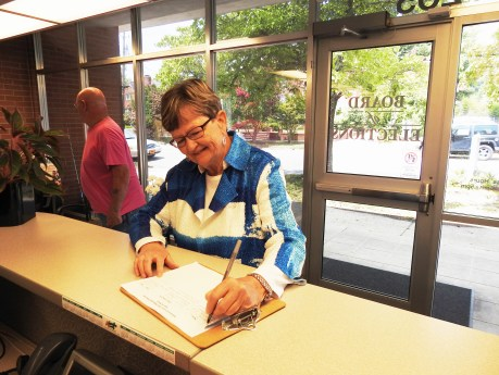 Selma Mayor Cheryl Oliver filed for reelection Friday at the Johnston County Board of Elections Office in Smithfield. JoCoReport.com Photo