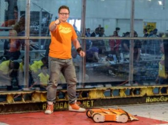 Craig Danby, of Discovery Channel's Battlebots, will appear with Techno Tigresses, a local robotics team, at Rainbow Lanes Family Fun Center in Clayton on Nov. 16, 2019 for a free community event.