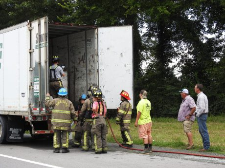 Fire - Tractor Trailer I-95, Keen Road, 07-13-20-2ML