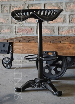 Rooftop & Outdoor Stool   Wrought Iron Outdoor Furniture