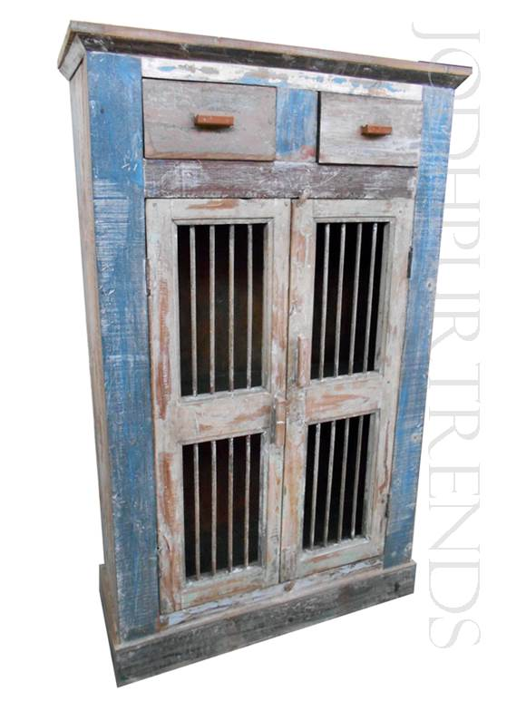 Curio Cabinet in French Provincial Design | Vintage French Country Furniture