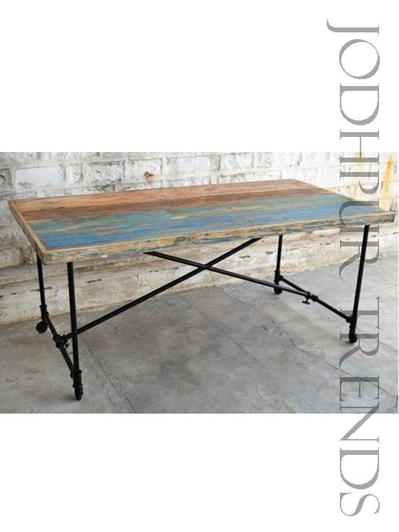 Folding Industrial Table | Metal Restaurant Tables