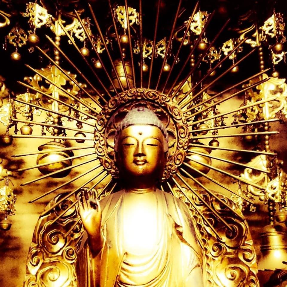 Le Bouddha Amida
