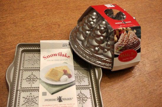 holiday baking tins