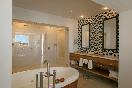 Hotel El Ganzo bathroom