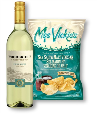 white wine and potato chips