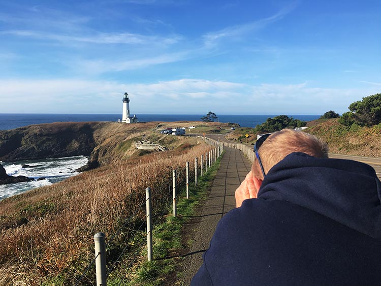Review of Beverly Beach State Park, near Newport, Oregon. Joe went nuts taking photos at Yaquina Head!