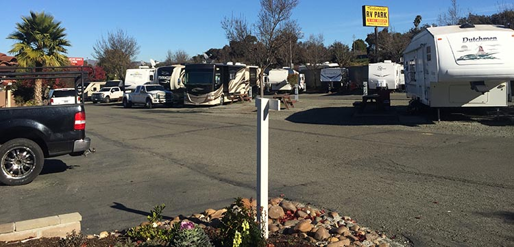 Once inside the Tradewinds RV Park, the roads were wide and easy to navigate