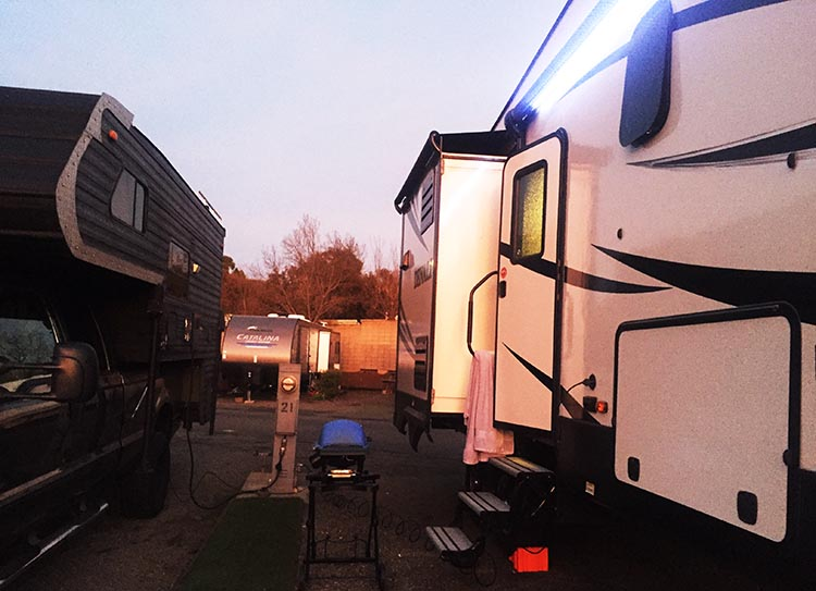Review and Video of Tradewinds RV Park in Vallejo, near San Francisco. Joe had a very narrow space to do his barbecuing!
