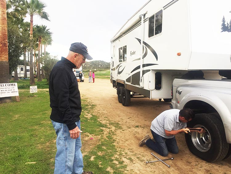 It took a joint effort by the team to fix a flat tire on a seized wheel before leaving Sordo Mudo RV Park on the morning of Day 2. Wagon Master John led the mission