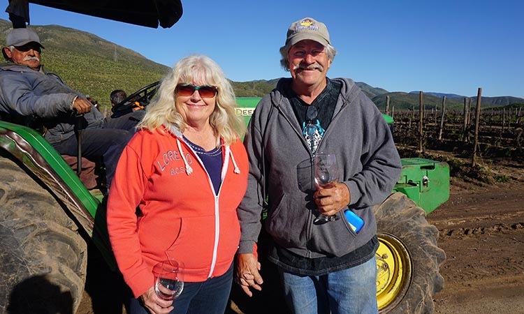 RV Baja California. This is the tail gunner on the trip, Jerry Robb. With him is his wife Kathy. I took this photo later on the trip