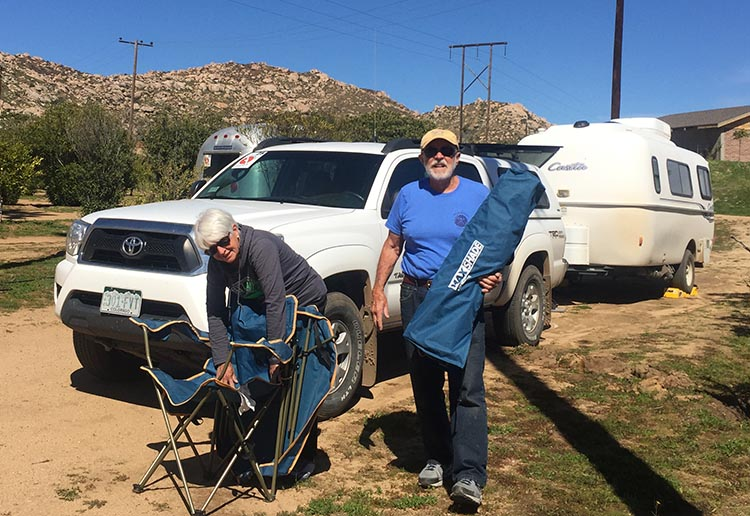 Our Return RV Caravan Trip from Baja California: Santispac Beach to Tecate. Here are fellow travelers Myrna and RIchard packing up to leave Sordo Mudo