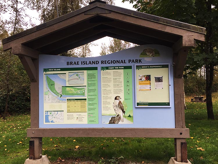 Fort Camping RV park in Brae Island Regional Park offers plenty to do for those who love nature