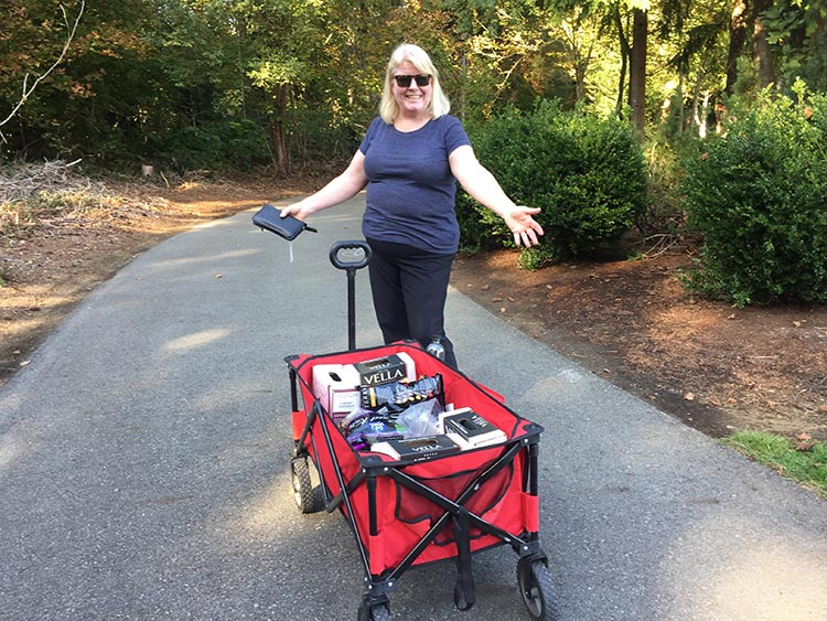 Here is Maggie with our cart full of groceries, on our way back from the Walmart near Tulalip Casino. This is a very useful stop, which we will probably make every year on our way south. The opportunity to fill up our empty pantry and fridge was priceless!