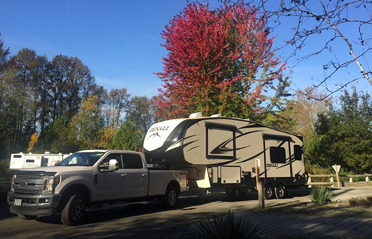 Here is our rig at Fort Camping in Langley, BC, all packed up and ready to head south for the winter. We were fortunate to have perfect fall driving weather for the entire trip