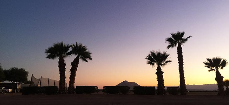 As everywhere in the deserts of California, Arizona, and Mexico, the sunsets at Rio Bend RV Resort were spectacular