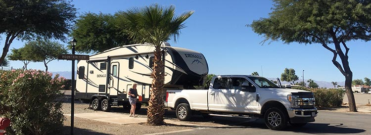 Here we are, packed up and ready to depart from Rio Bend RV & Golf Resort