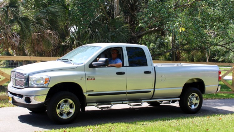 2007 Dodge Ram 3500 SLT, before modifications. Davie, Florida (March 2015)
